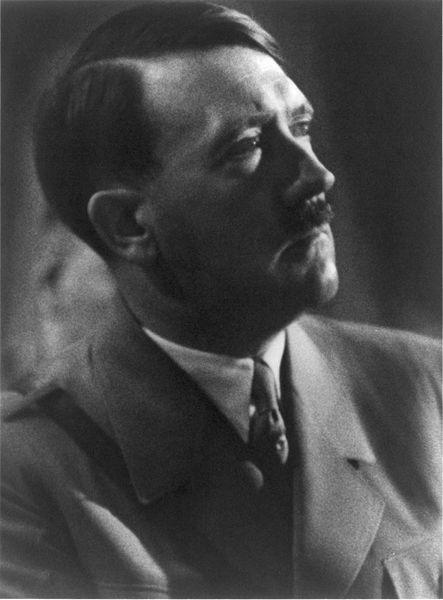 443px-Adolf_Hitler_cph_3a48970[1]