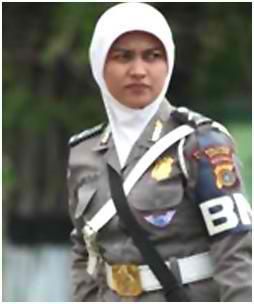KUALAKAPUAS — Pemberitaan adanya pelarangan jilbab di SMPN 4 Selat ...