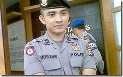 polisi ganteng